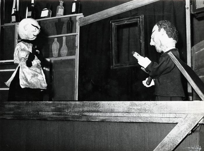 Quatre cadavres et un week-end, par la Compagnie des Trois, spectacle de cabaret à l'Écluse.