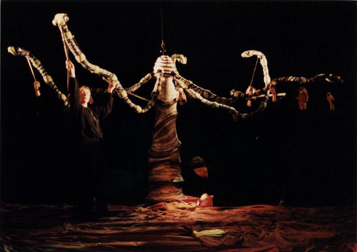 La Belle née d'une larme, atelier-spectacle dirigé par Margareta Niculescu