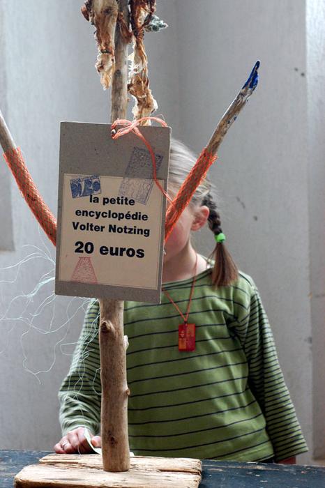 1er Festival Marionnettes en Chemins (2004), Regard sur la résidence de la compagnie Théâtrenciel à Cambronne-les-Ribécourt