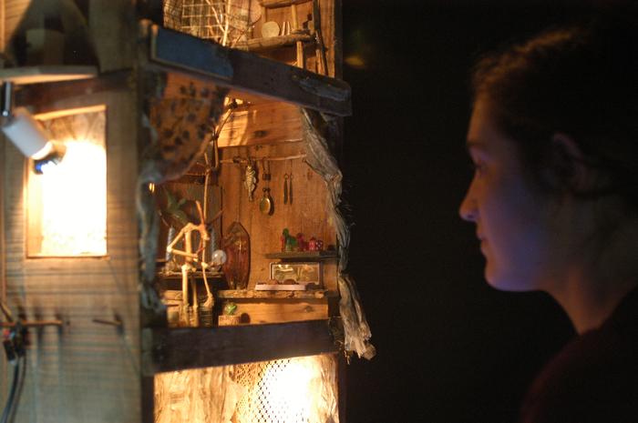 3e Festival Marionnettes en Chemins (2008), Soirée d'ouverture, Tarzan in the garden ou la grande question, compagnie Ches Panses Vertes