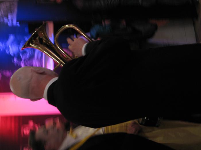 4e Festival Marionnettes en Chemins (2010), Soirée d'ouverture, <i>Ni fini ni infini</i>, par le Théâtrenciel