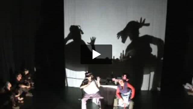 Création d'un spectacle d'ombres : de la vocation théâtrale de l'ombre (niveau II), stage dirigé par Fabrizio Montecchi
