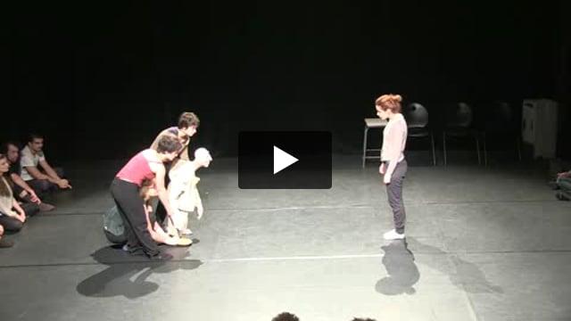 La Marionnette portée, atelier dirigé par Neville Tranter avec les étudiants de la 10° promotion de l'ESNAM