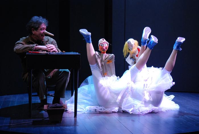 Je ne sais pas pourquoi, mais parfois tu m'énerves !, par la compagnie Pupella-Noguès, photo du spectacle.