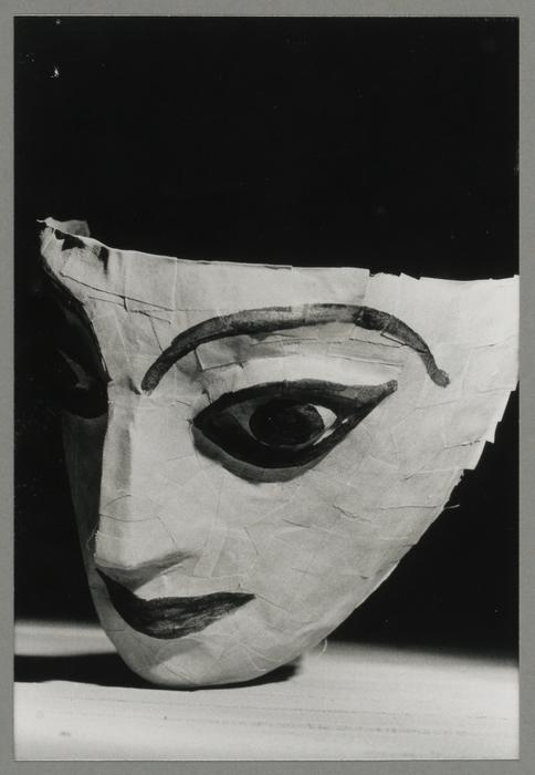 Antigone, par la Compagnie Hubert Jappelle (France)