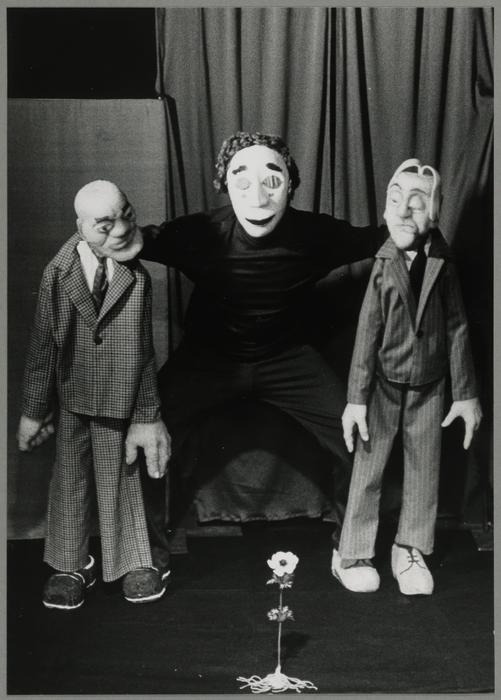 Jean qui chemine, par Björn Fühler et son Théâtre Le Manteau (France/Allemagne)