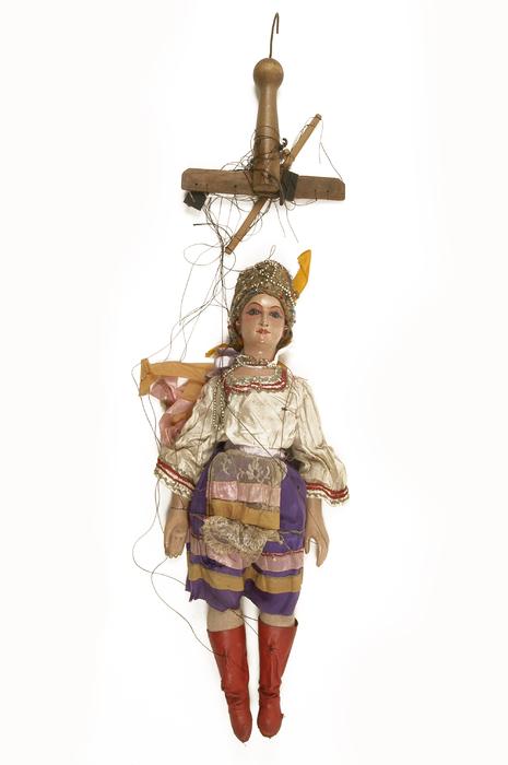 Danseuse russe, marionnette à fils