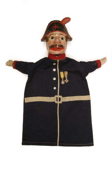 Brigadier, marionnette à gaine