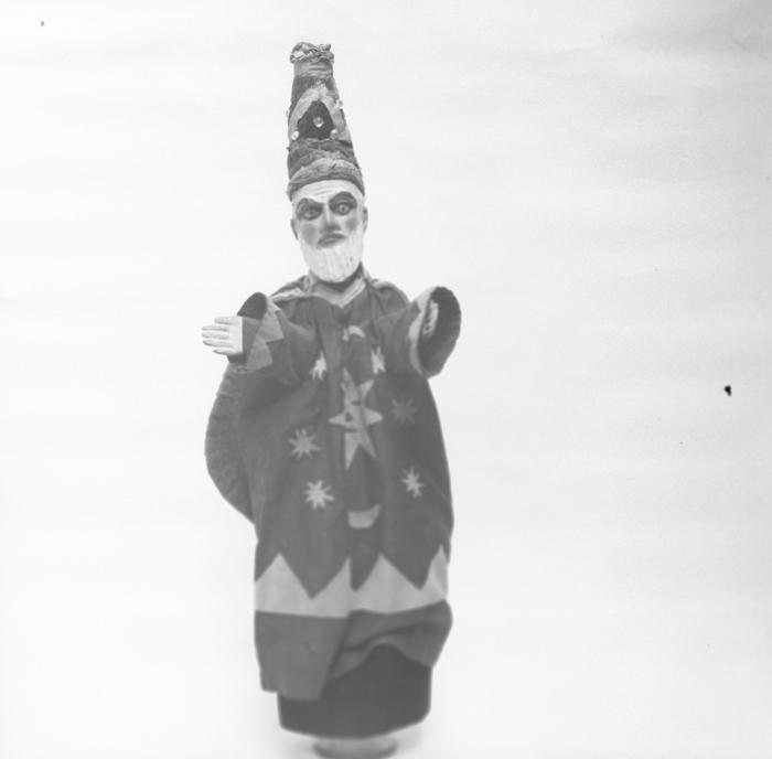 Magicien. Théâtre des Batignolles. Tête réalisée par Monsieur Pouly.
