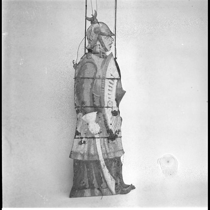 Guerrier du Mont Caucase / Timbalier africain sur un chameau. Théâtre forain de Monsieur et Madame Dulaar.