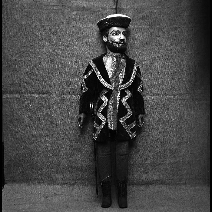 François 1er, marionnette à tringle et à fils. Théâtre Louis Richard.