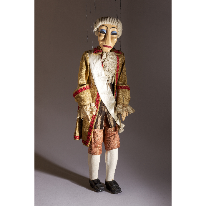 4e officier, marionnette pour le numéro <i>Malbrough s'en va-t-en guerre</i>, dans le spectacle <i>Chansons françaises</i> des Comédiens de bois de Jacques Chesnais.
