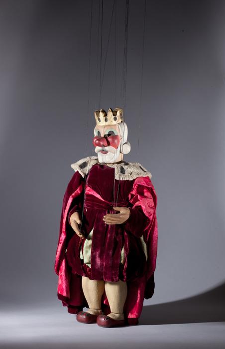 Le roi, marionnette pour le numéro <i>Le Tambour et la rose</i>, dans le spectacle <i>Chansons françaises</i> des Comédiens de bois de Jacques Chesnais.