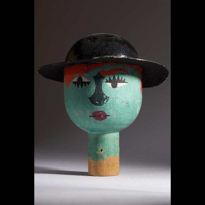 Tête du jardinier, tête de marionnette à gaine du Théâtre de la Branche de houx