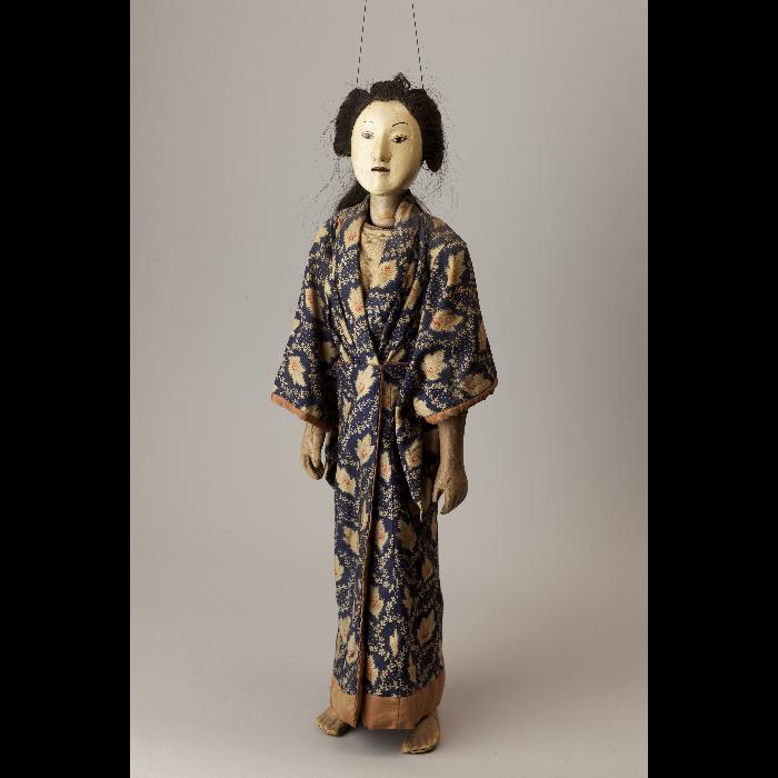 Marionnette à fils japonaise. Collection Jacques Chesnais.