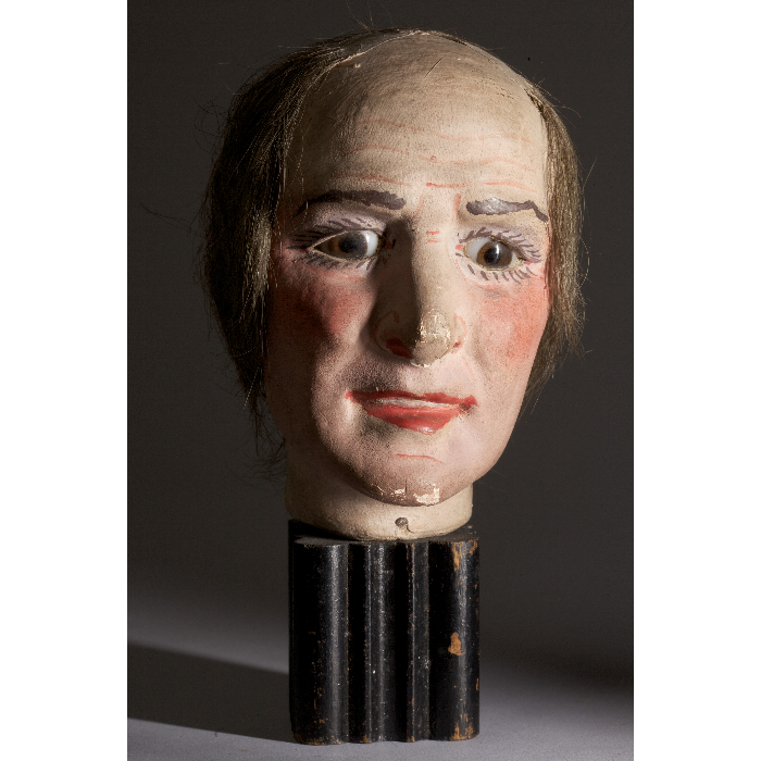 Tête de marionnette Walton, homme. Collection Jacques Chesnais.