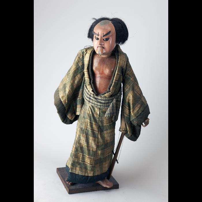 Marionnette japonaise (bunraku ?). Collection Jacques Chesnais.