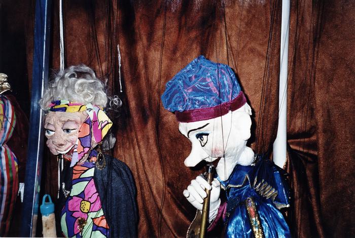 Exposition de marionnettes à fil